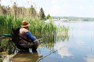 Je to šet let, co byla obnovena tradice sportovně rekreačního rybolovu na Máchově jezeře.