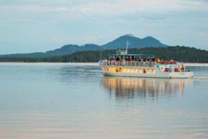 Regata Máchovo jezero si pro vás připravila pestré letní radovánky.